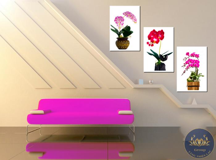 Tranh 3D khung treo hoa lan cầu thang màu tím hồng mộng mơ