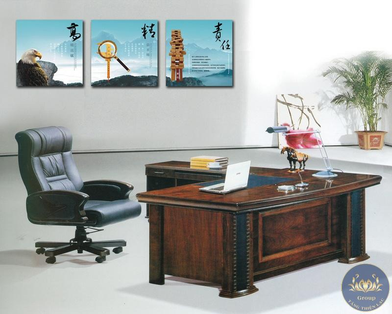 Tranh treo tường thư pháp làm cho giám đốc thuận lợi trong việc kinh doanh vì nhiều câu rất bổ ích